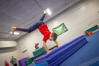 NeoMotion Tricking Kids Gymnastics Marti