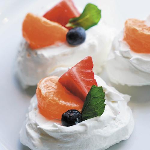 Mini Pavlovas with Tangerine Cream Recipe with Tangerine Essential Oil