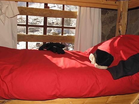 cama pieza 6 liv.jpg
