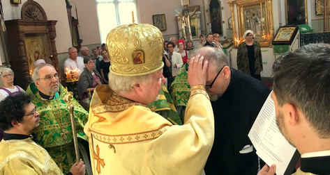 Hannu Siren vihittiin lukijaksi Kouvolan pyhän Ristin kirkkoon
