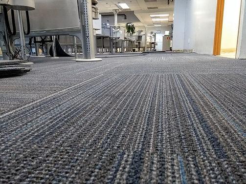 instalacion de alfombra modular CDMX