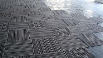 alfombras modulares.jpg