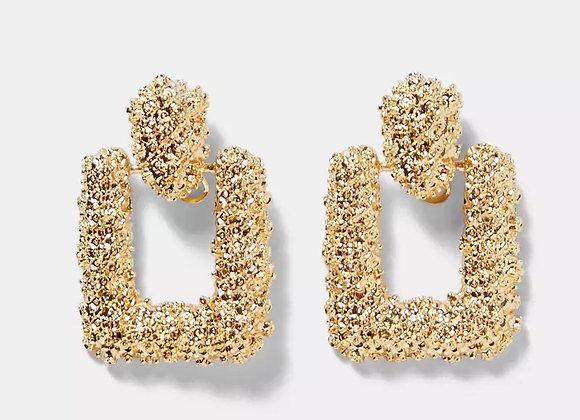 Metal Detailed Earrings