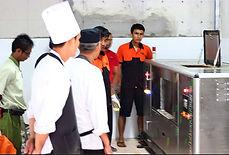 เครื่องกำจัดขยะเศษอาหาร รุ่น RN-75 kg ลูกค้าของ Reddonaturathailand