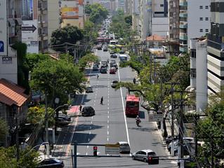 Avenida Roberto Silveira faixa exclusiva