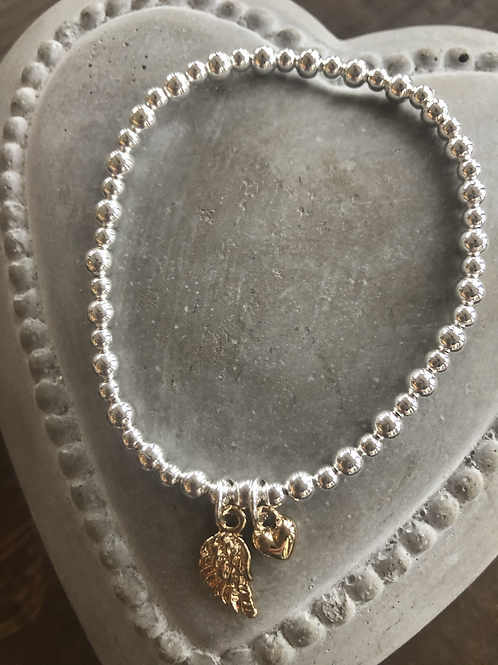 Mini Angel wing and heart charm bracelet - Gold