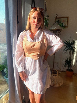 How to wear a corset top outfit, corset top in deutschland, reworked vintage