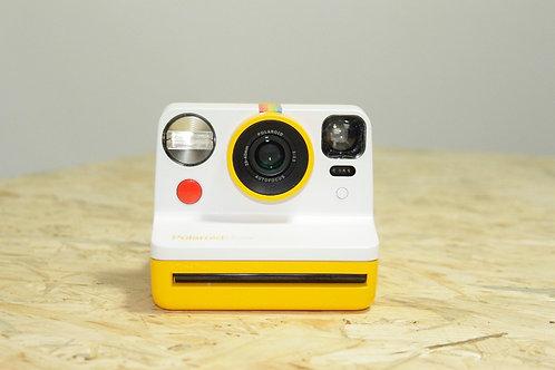 Polaroid Now - yellow edition