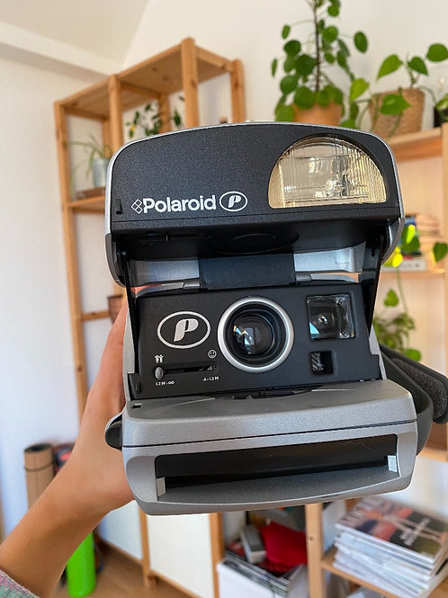 Vintage Polaroid P600 silver Camera