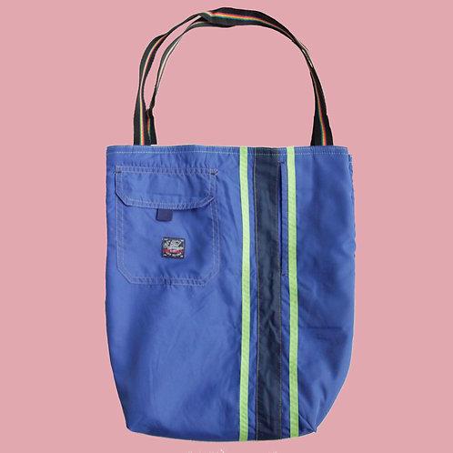 Retro upcycled tote bag, vintage shop, online, rework, thrift flip, thrift shop netherlands,  sustainable, aesthetic tote bag
