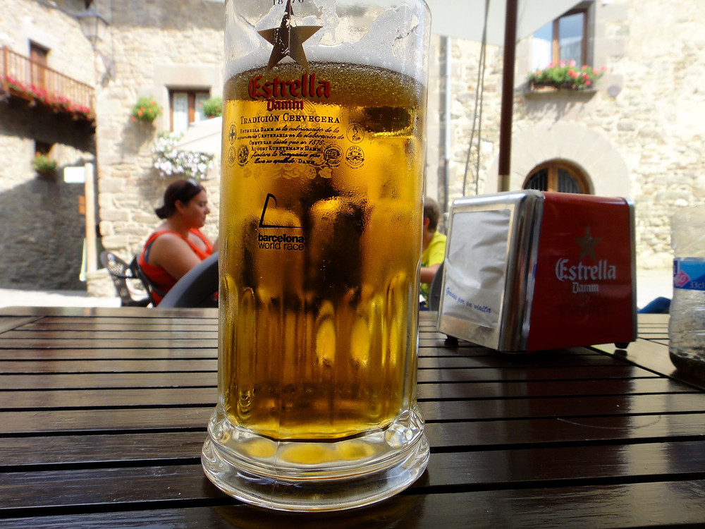 A refreshing beer in one of the restaurants in Rupit