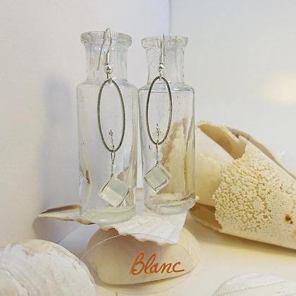 Boucles D'Oreilles • petit-ovale • blanc