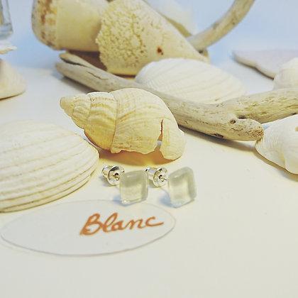 Boucles D'Oreilles • puce • Blanc