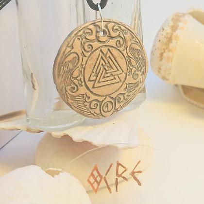Viking• Valknut • Ocre