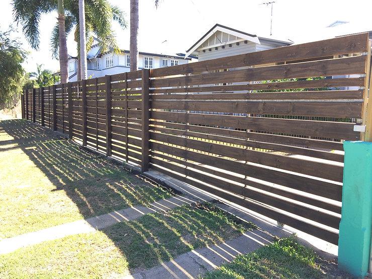 Horizontal Valleyboard slat fencing and