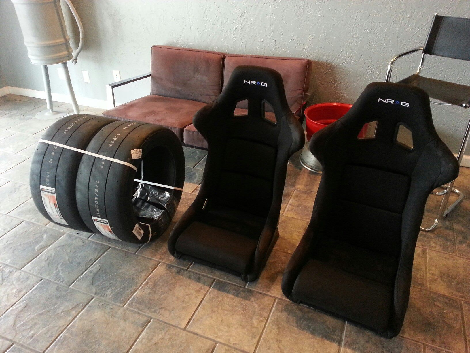 Race Seats and Tires
