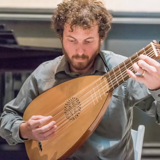 Aulacord Duo: William Willits, lute.