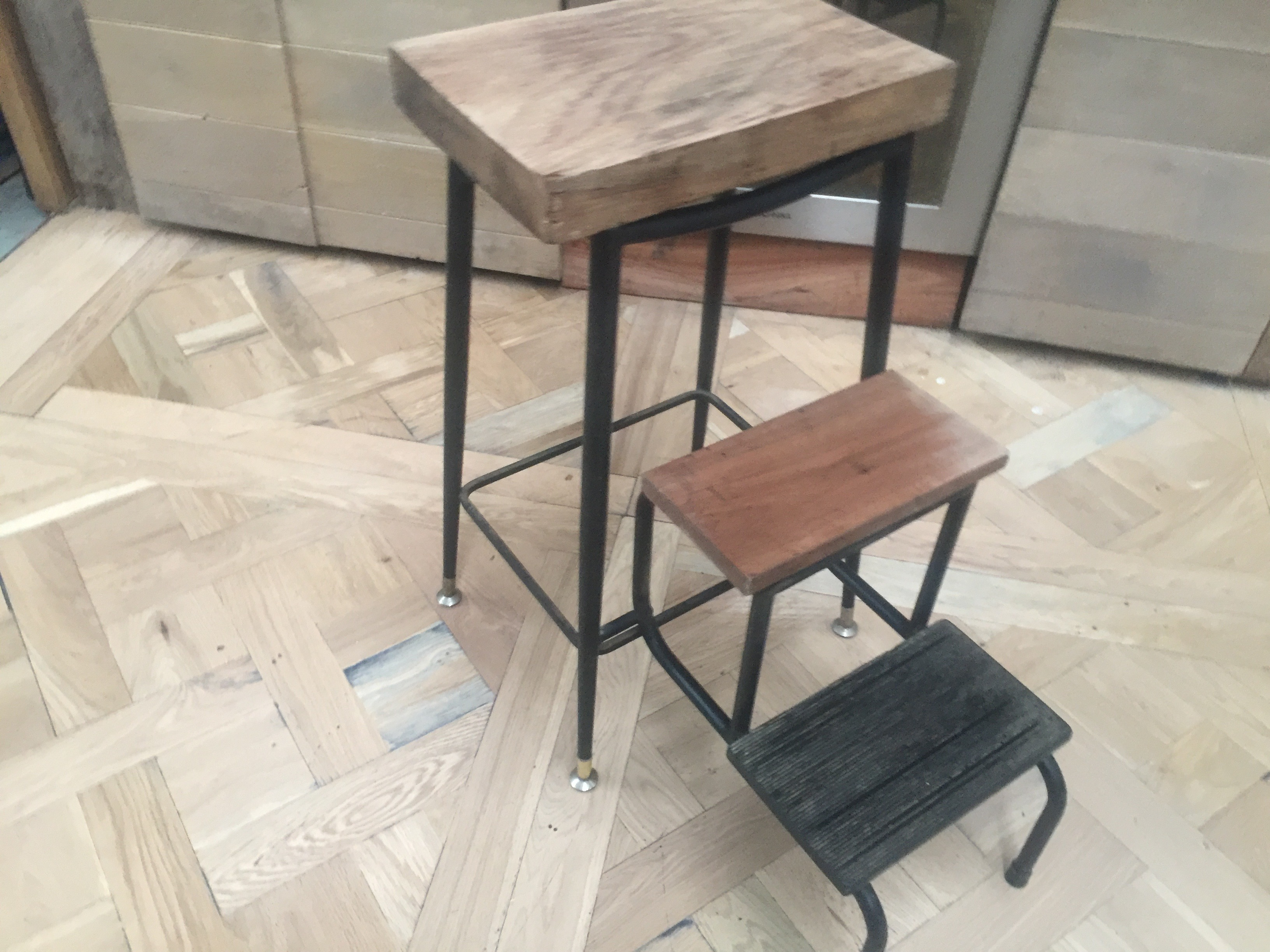 Oak retro foot stool