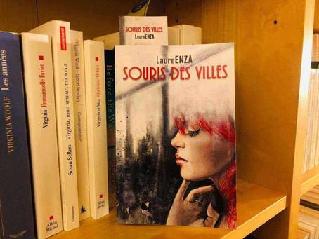 """Au-delà des apparences - Retour du roman de Laure Enza """"Souris des villes""""."""
