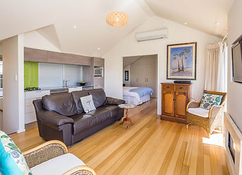 Akaroa House Private Apartment