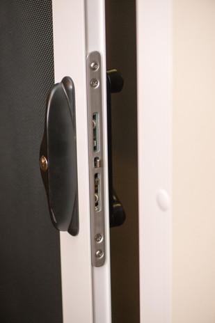 Secuirty Screens