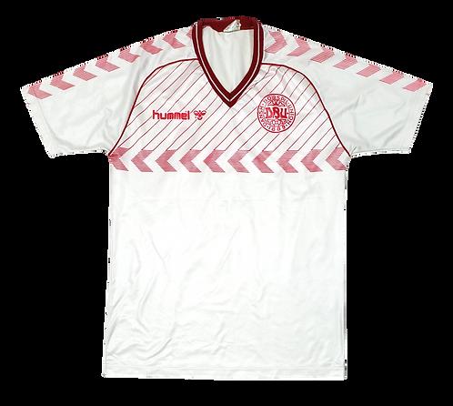 Dinamarca 1985 Away