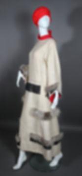 3.  Реконструкция  платья-пальто  О.Куни