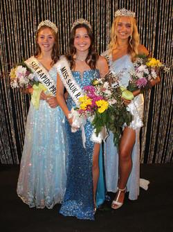 Miss Sauk Rapids Taylor Sidla (center), Princess Addison Bemboom (left), Princess Chelsey Vogel (rig