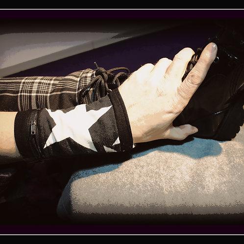 """Stalker - Der Star, der Verehrte"""" Handstulpen Täschchen mit Reissverschluss, schwarz/weiss, gestreift, Baumwolle/Polyester, w"""