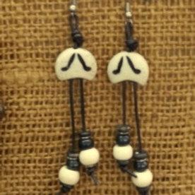 """""""The Way"""" Ohrringe Paar in braun beige tönen, handgefertigt, eigener design  aus Knochen, Leder"""