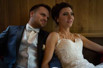 Brautpaar während einer Pause