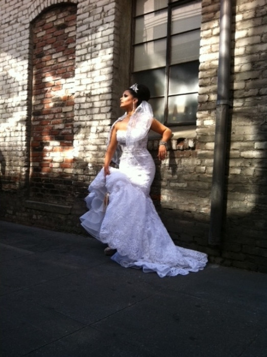 Photo: www.rentweddingdress.com