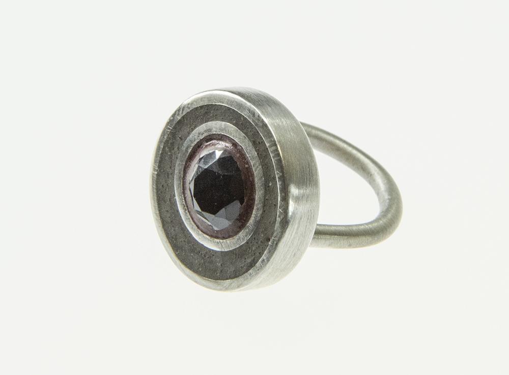 Gold ring 1.jpg