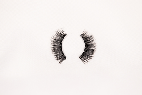 First Class Lashes