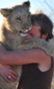 LionessWhoHugsHoodies9_g.jpg
