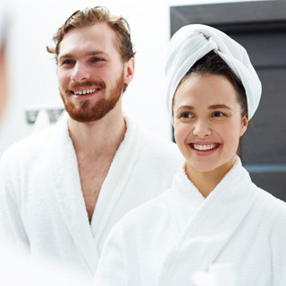 couple-after-applying-face-serum.jpg