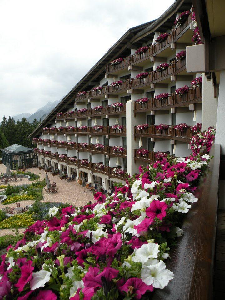 Blumen auf jedem Balkon