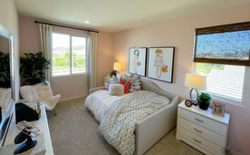 Menifee bedd room photo