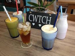 We're all ears at Coffi Cwtch!