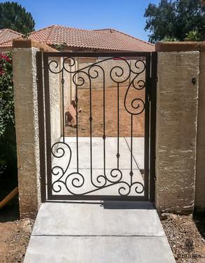 CTY GATE ATHENA (2).jpg