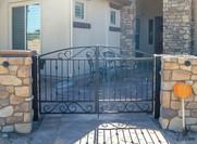 CTY GATE 208.jpg