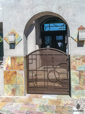 CTY GATE 214.jpg