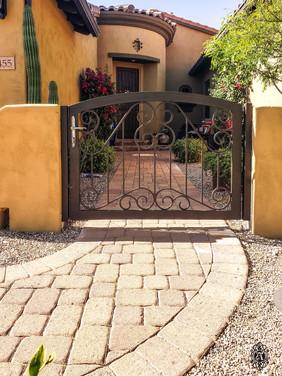 CTY GATE 242.jpg