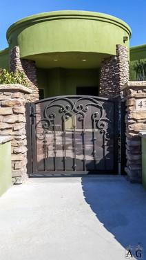 CTY GATE TUSCAN (3).jpg