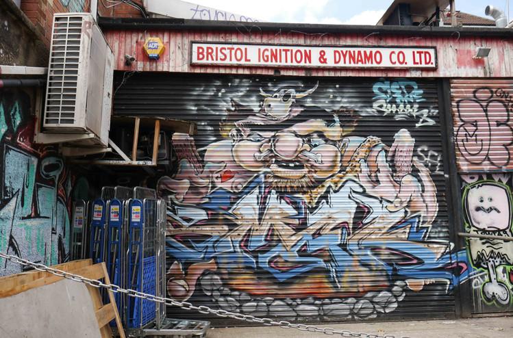 10 Bristol Ignition & Dynamo Co. Ltd. GT