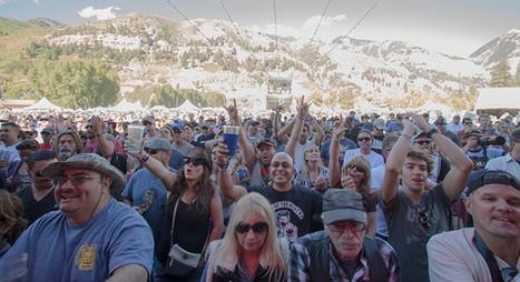 Telluride_Blues_Brews_Crowd.jpg