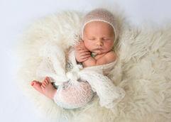 Newborn_Boys-Angela-Scott-Photography-low-res-5801.jpg