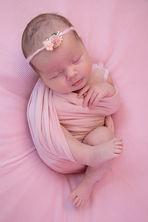 Newborn_Girls_MG_5906-Edit.jpg