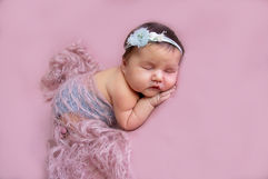 Newborn_Girls_IMG_68180.jpg