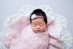 Newborn_Girls_Angela-Scott-Low-Res-9407.jpg